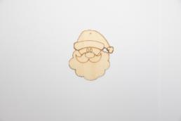 ξύλινος άγιος βασίλης για στολισμούς τα χριστούγεννα